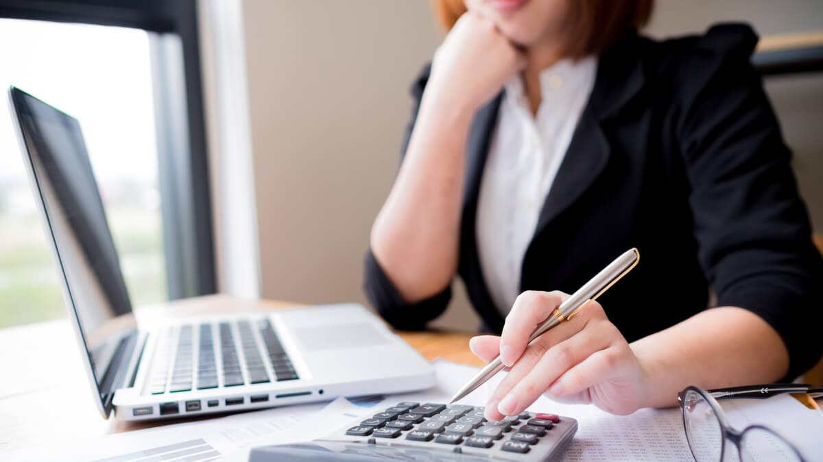 Saiba que isenções e benefícios poderá usufruir se recebe o ordenado mínimo.