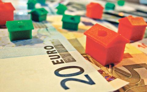 Fisco devolve, em média, 955 euros por família nos reembolsos de IRS 2016