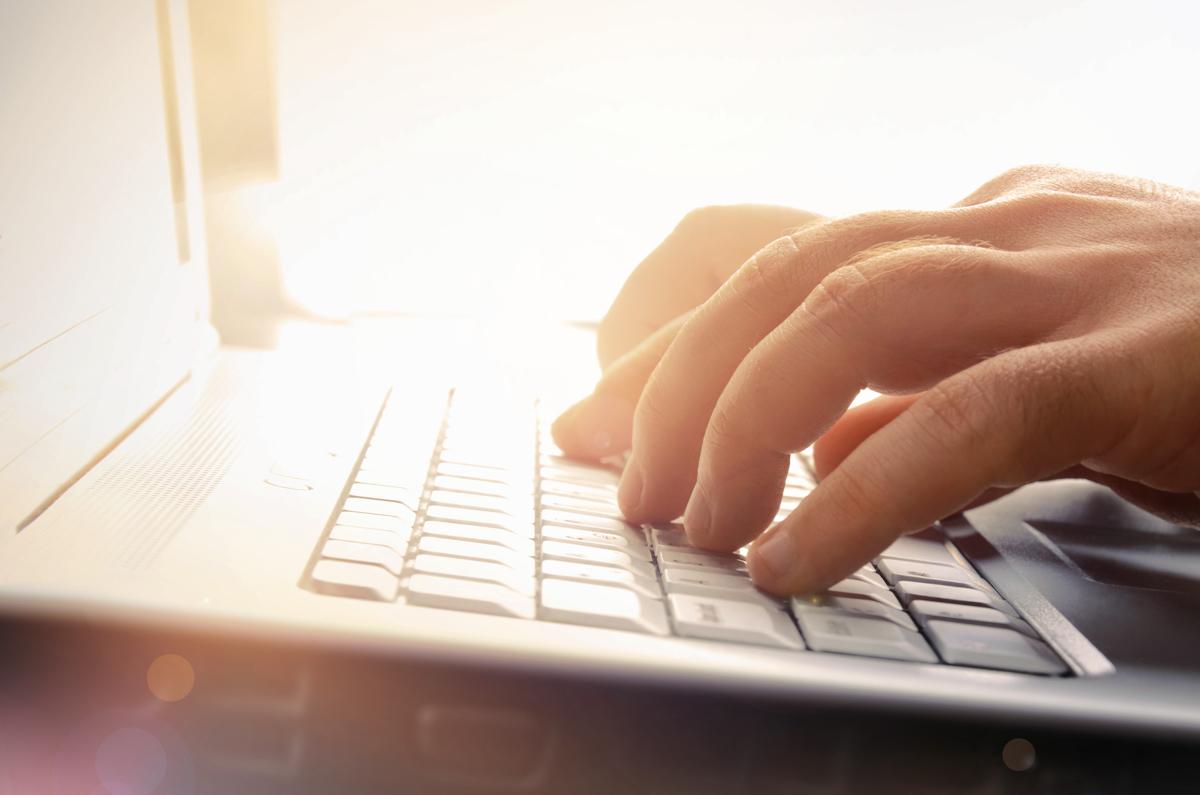 5 DICAS PARA ESCREVER UM E-MAIL PROFISSIONAL EFICAZ