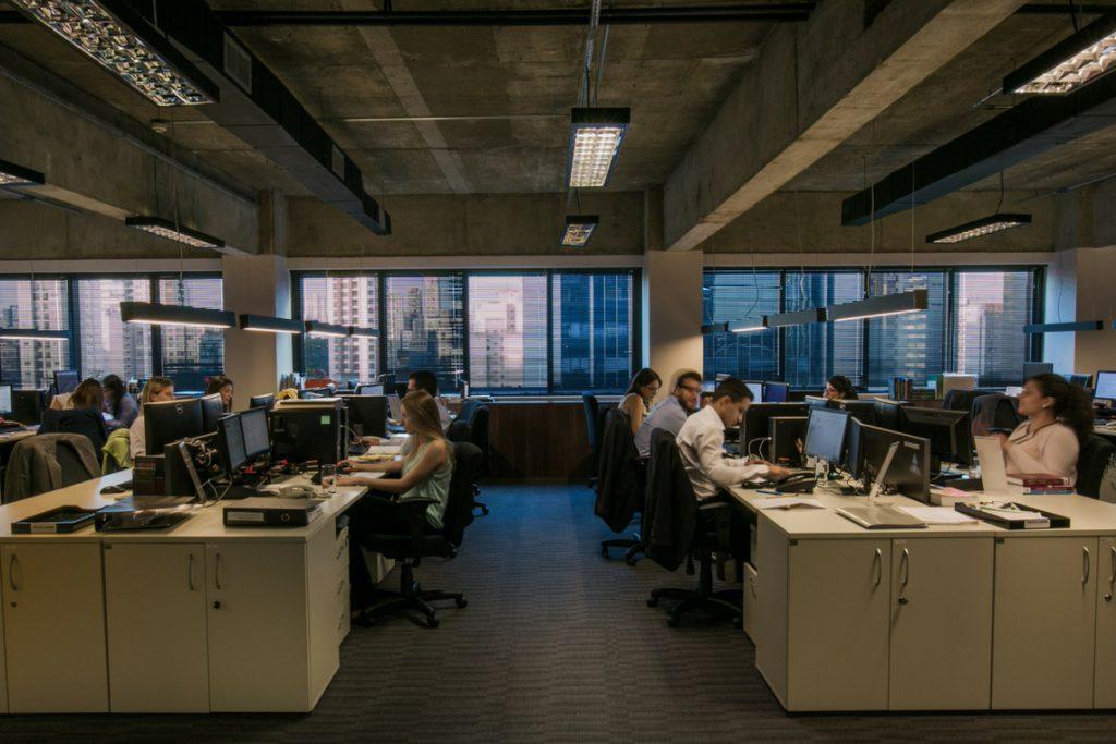 Regras de Desfasamento Dos Horários De Entrada E Saída Nos Locais De Trabalho