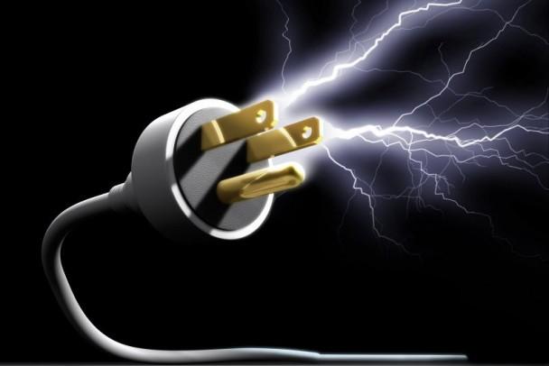 Eletricidade: Portugueses podem voltar ao mercado regulado a partir de hoje